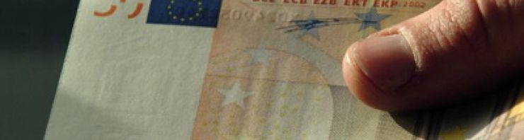 c_740_198_16777215_00_images_assets_CURRENCY3_0euro-note.jpg